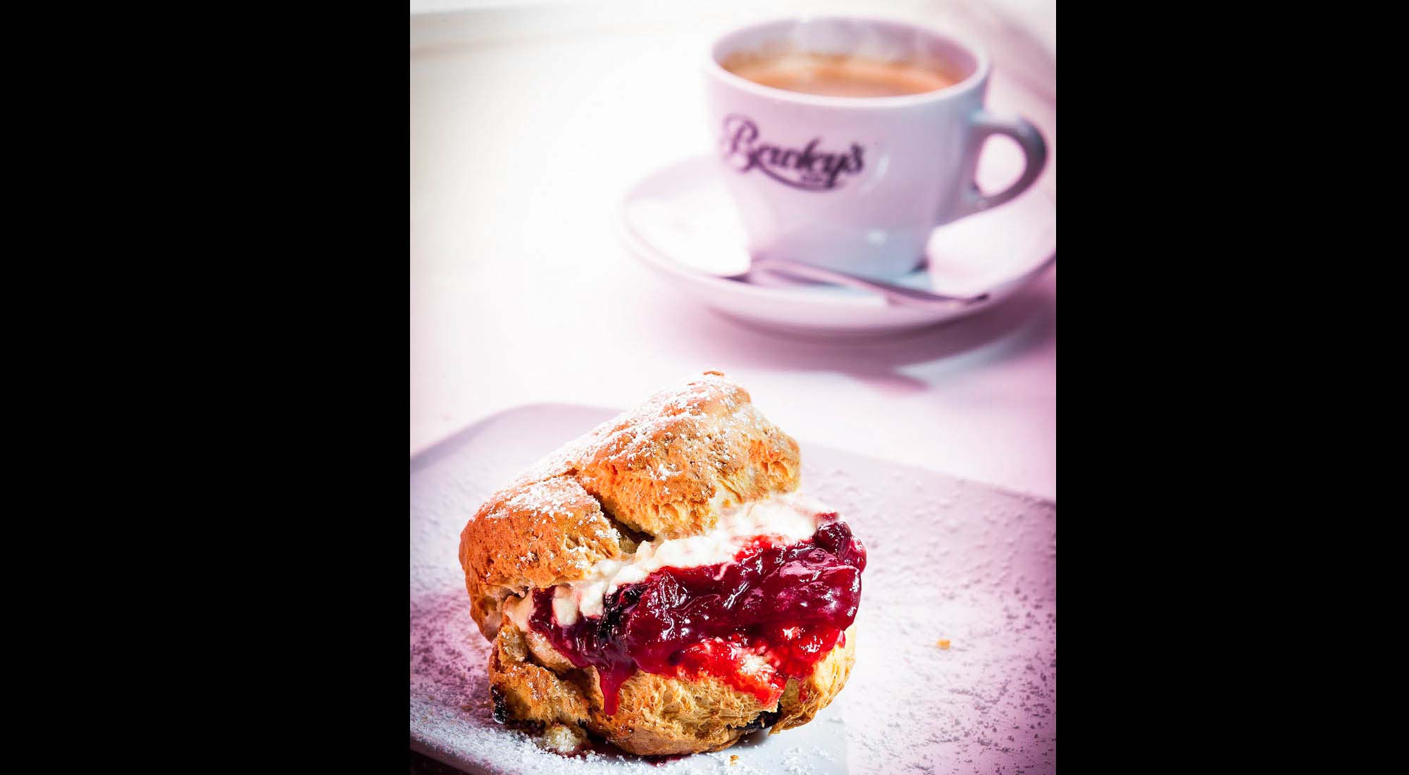 commercial-photography-restaurant-coffee-and-scone-ireland